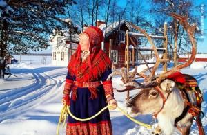 Lappland-Samen-und-Rentier