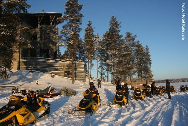 Schneemobil Tour Finnland