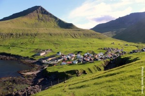 Island_Dorf_Fjord