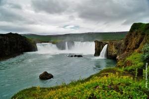 Island_Wasserfall_Godafoss