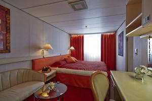 Island Schiffsreise Suite Schlafraum