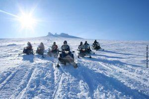 Island Schneemobil Tour